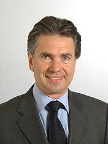 Il senatore Stefano De Lillo