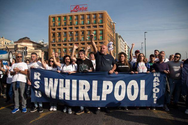 La battaglia dei lavoratori della Whirlpool non è ancora terminata.