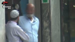 Gli incontri del sospettato filmati dalle Forze dell'Ordine